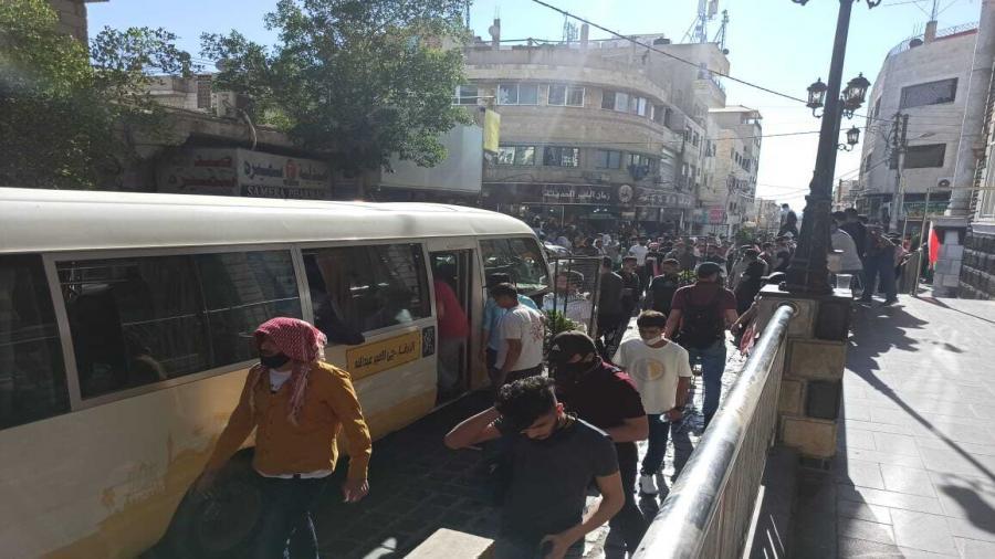 آلاف الأردنيين يحتشدون قرب الحدود مع فلسطين2