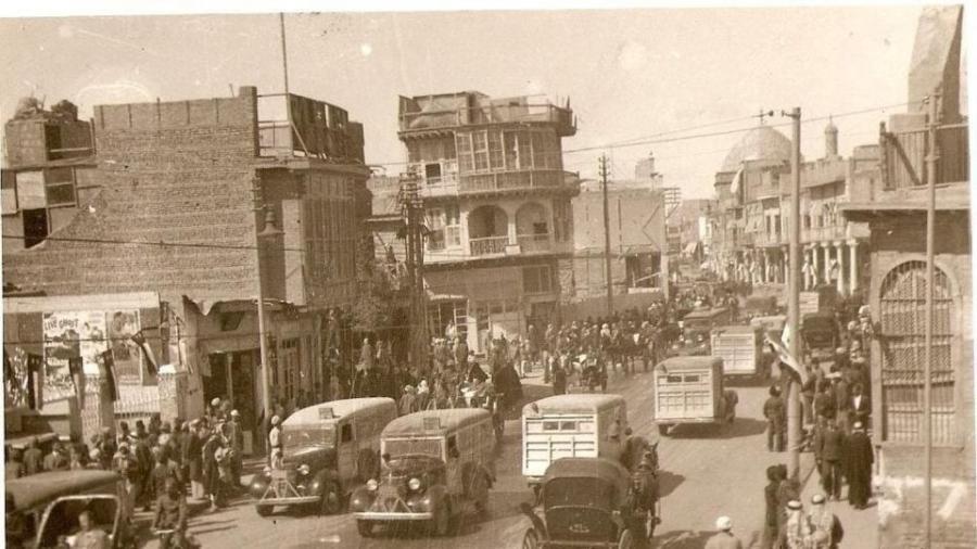 شارع-الرشيد-–-محلّة-باب-الأغا-–-1937