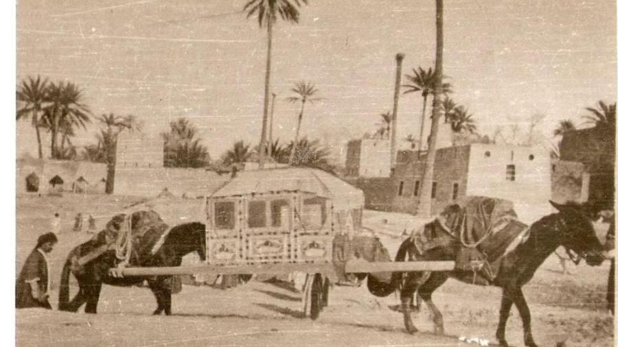 تخت-ريوان-–-وسيلة-نقل-قديمة-في-العراق