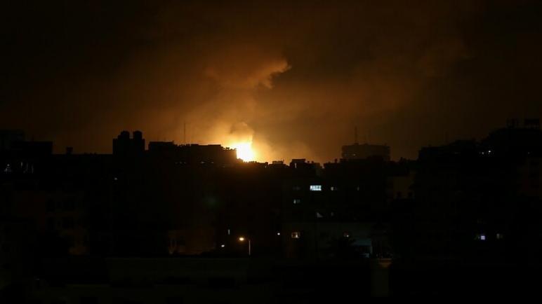 غارات عنيفة وغير مسبوقة على قطاع غزة
