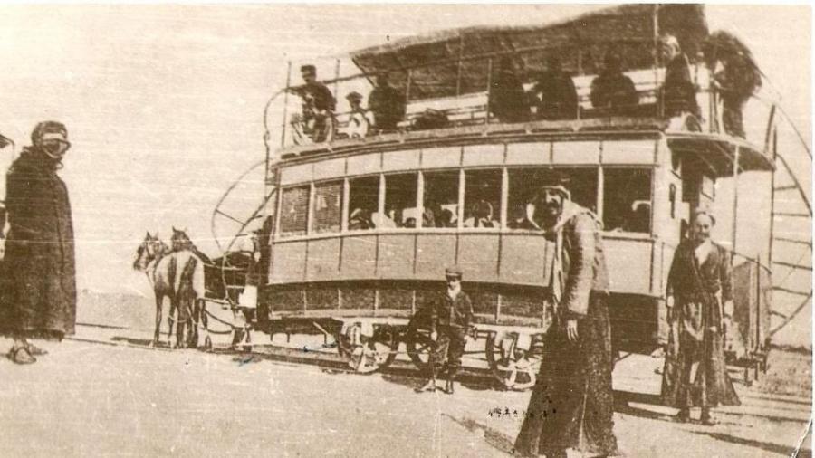 الكاري-–-باص-قديم